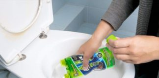 How to Use a Drain Cleaner